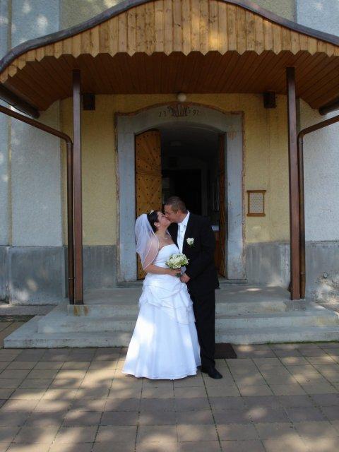 Silvinka{{_AND_}}Mirko - Prvý manželský :-)