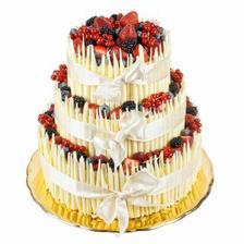 Tak tento dortík si chci splácat sama. Tento týden se chystám na výrobu trubiček...
