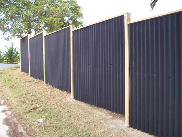 Veľmi lacný plný plot - Obrázok č. 2
