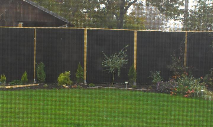 Veľmi lacný plný plot - Obrázok č. 16