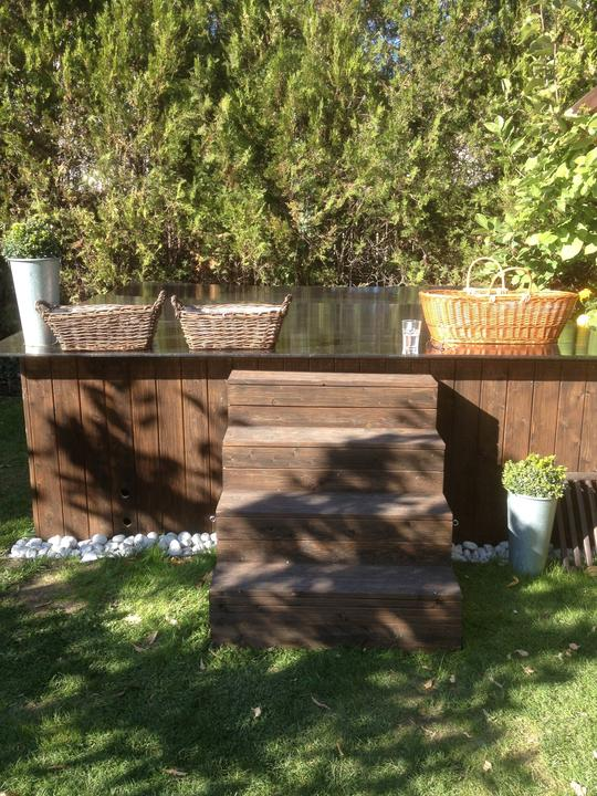 Voda v záhrade - Tuto foto mam od uzivatelky tu z MS, ak ti to prosim vadi, daj mi vediet, vymazem ju. Ale je to pre mna velka inspiracia. Musim este dohladat tvoj nick, niekde sa mi stratil. Urcite budem potrebovat nejaku radu, ako ste to spravili.