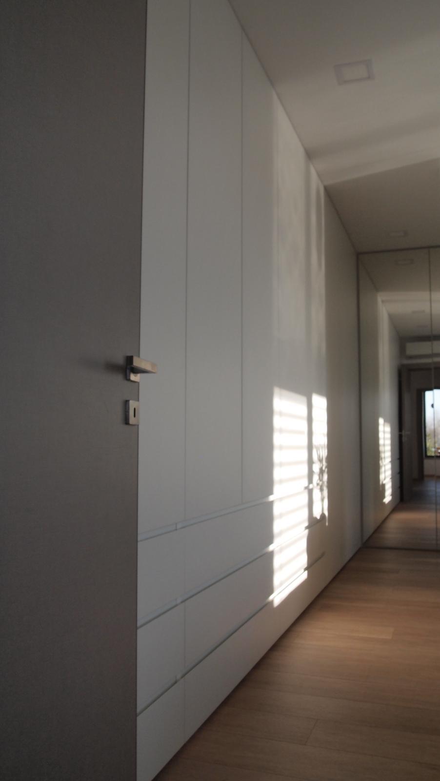 Druhý domov za hranicami (aj reality :-) - Naše nekonečno. Vďaka oknu v detskej izbe to vytvara iluziu nekonečna.