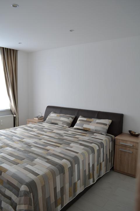 Náš sen...náš domov ♥ - Moja vysnivana americka postel....ale som sa ju nahladala...vyska od zeme 65 cm ....