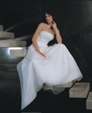 moje pôvodne rezervované šaty