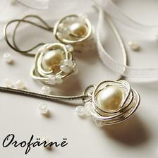 http://www.fler.cz/zbozi/orofarne-noble-beige-blanc-1902799
