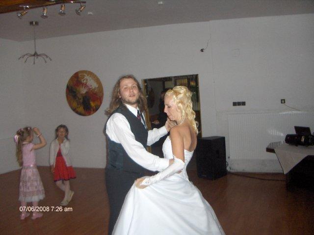 Martina{{_AND_}}Vladimir - tancujem so svojim bratrancekom