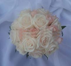 ...tak tuto kytičku bych moc chtěla...je nádhrená :)
