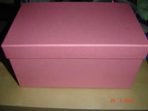 ..krabička na penízky :)