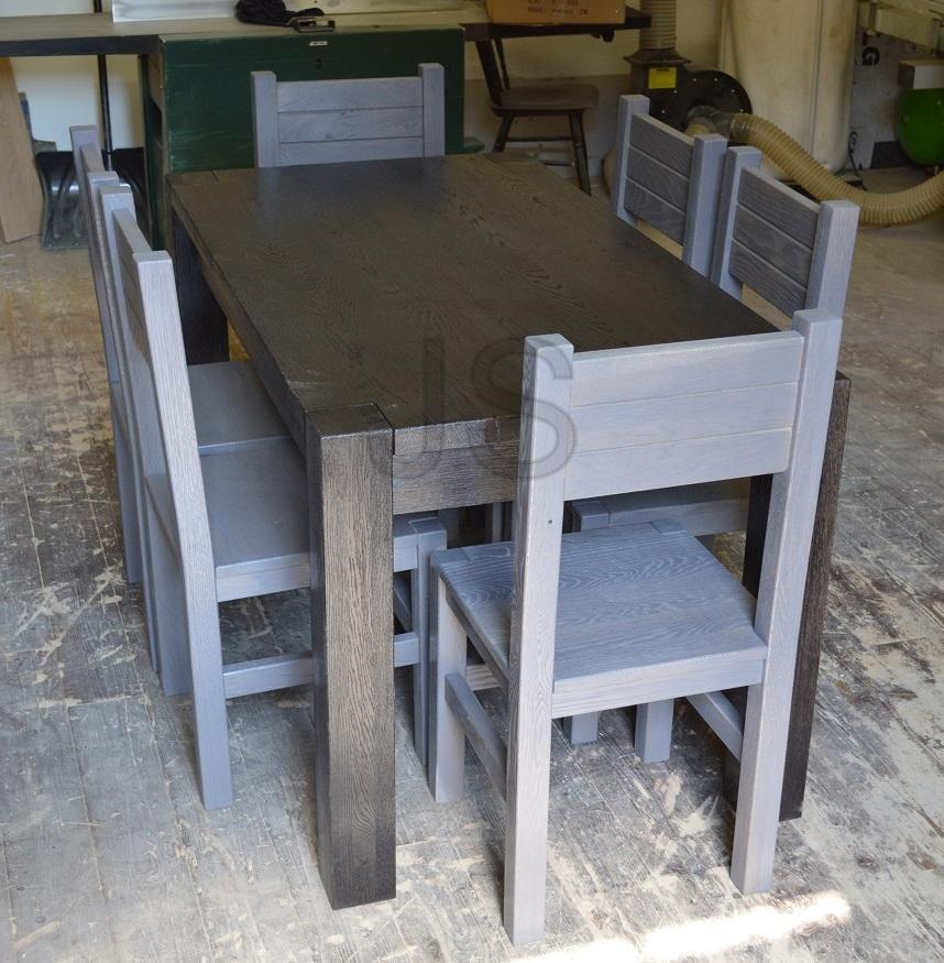 Jedálenské stoly z masívu - Jedálenský set - dub morený kartáčovaný, čiernosivá