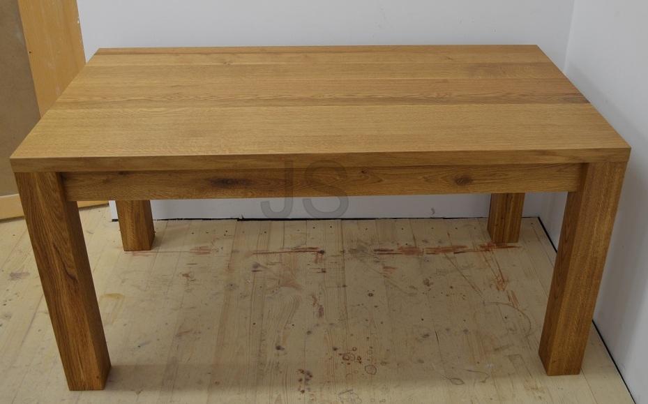 Jedálenský stôl z masívu - Obrázok č. 1