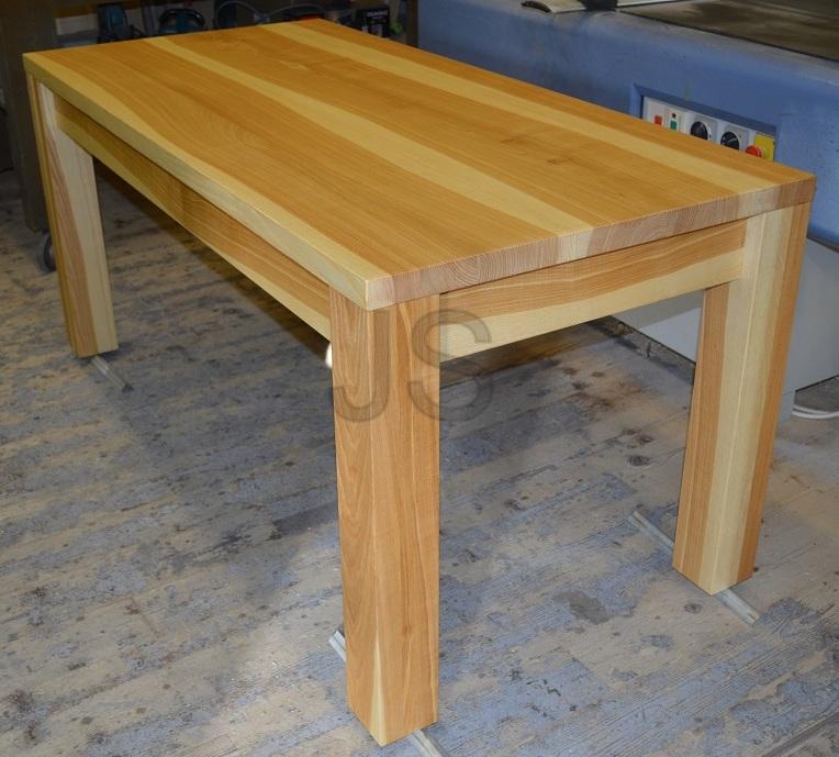 Jedálenský stôl z masívu - Obrázok č. 4