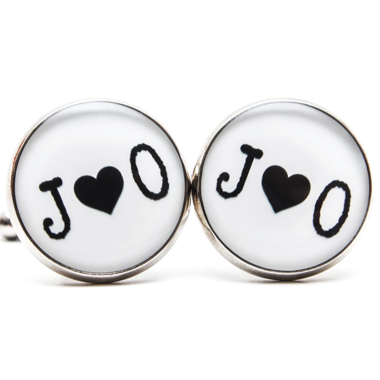 ♥  Manžetové gombíky na mieru - presne podľa Tvojich predstáv ♥ - Manžetky s iniciálmi a srdiečkom