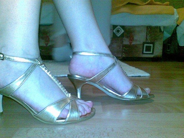 Prípravy na 8.8.2009 - a toto sú moje topánky