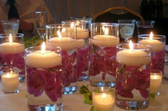 na tento štyl sme to mali aj my,,sviečky sprijemnia atmosferu