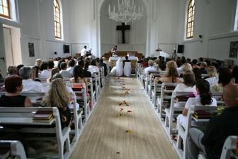 navleky na stoličky do kostola  to najkrajšie,,