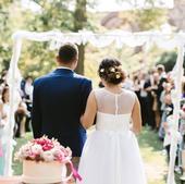Bílé, svatební šaty na míru s kapsami , 38