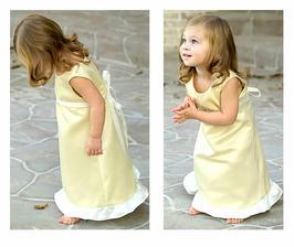 Dokonalý obleček pro malou družičku