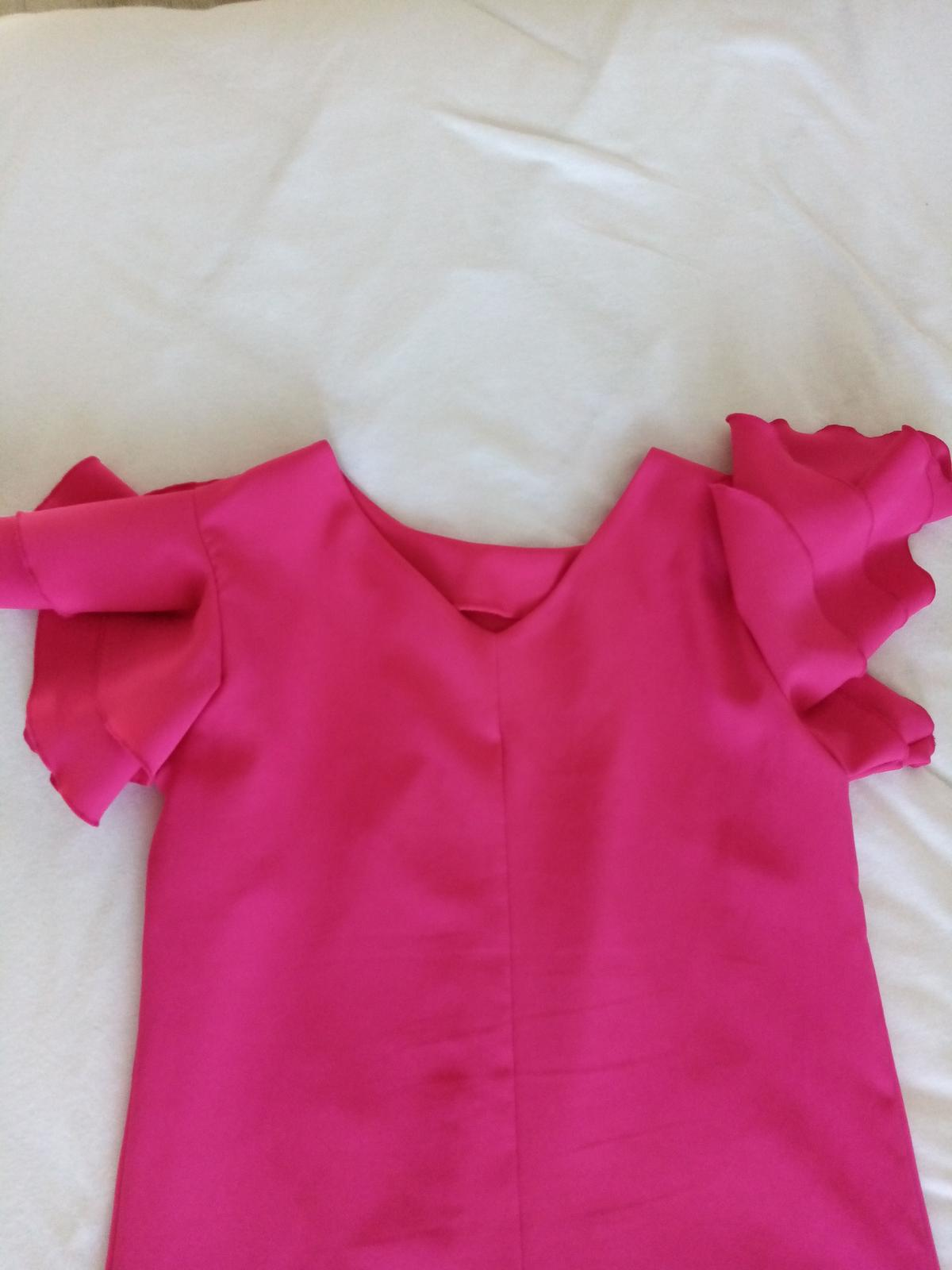 Krátke cyklaménové šaty 36/38 - Obrázok č. 2
