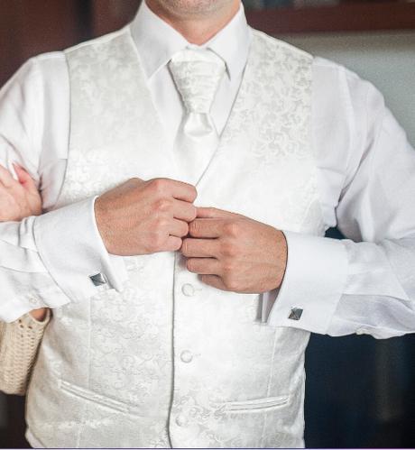 svadobná vesta, kravata, servítka - Obrázok č. 1