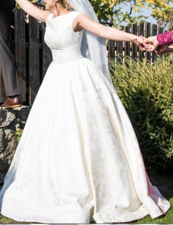 svadobné šaty Tina Valerdi - Obrázok č. 4