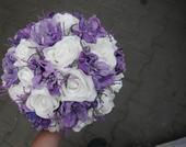 Svatební kytice + korsáž pro ženicha,