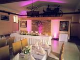 Zemanský dvor Šúrovce - štýlová svadba so super svadobčanmi