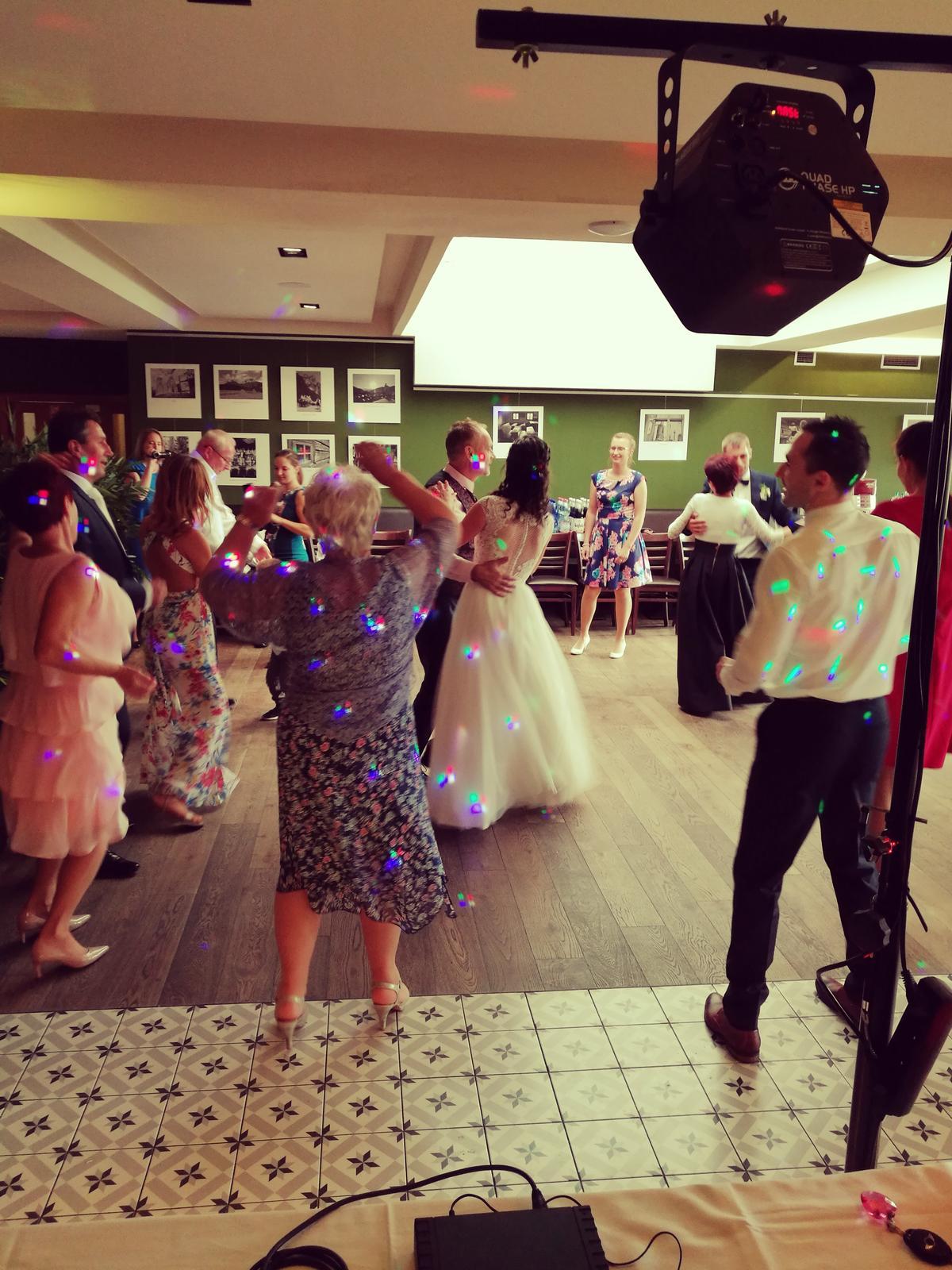 dj_erni - Hotel Spectrum Trnava - Veronika a Ondrej, svadbujeme naplno aj v pondelok
