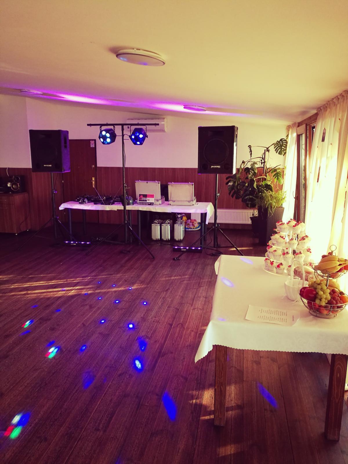 Penzión Harmónia Ostratice - Katka a Majo, parádna moderná svadobná párty aj v Trenčianskom kraji - Penzión Harmónia Ostratice - Katka Majo, parádna moderná svadobná párty aj v Trenčianskom kraji