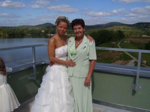 S maminkou od ženicha