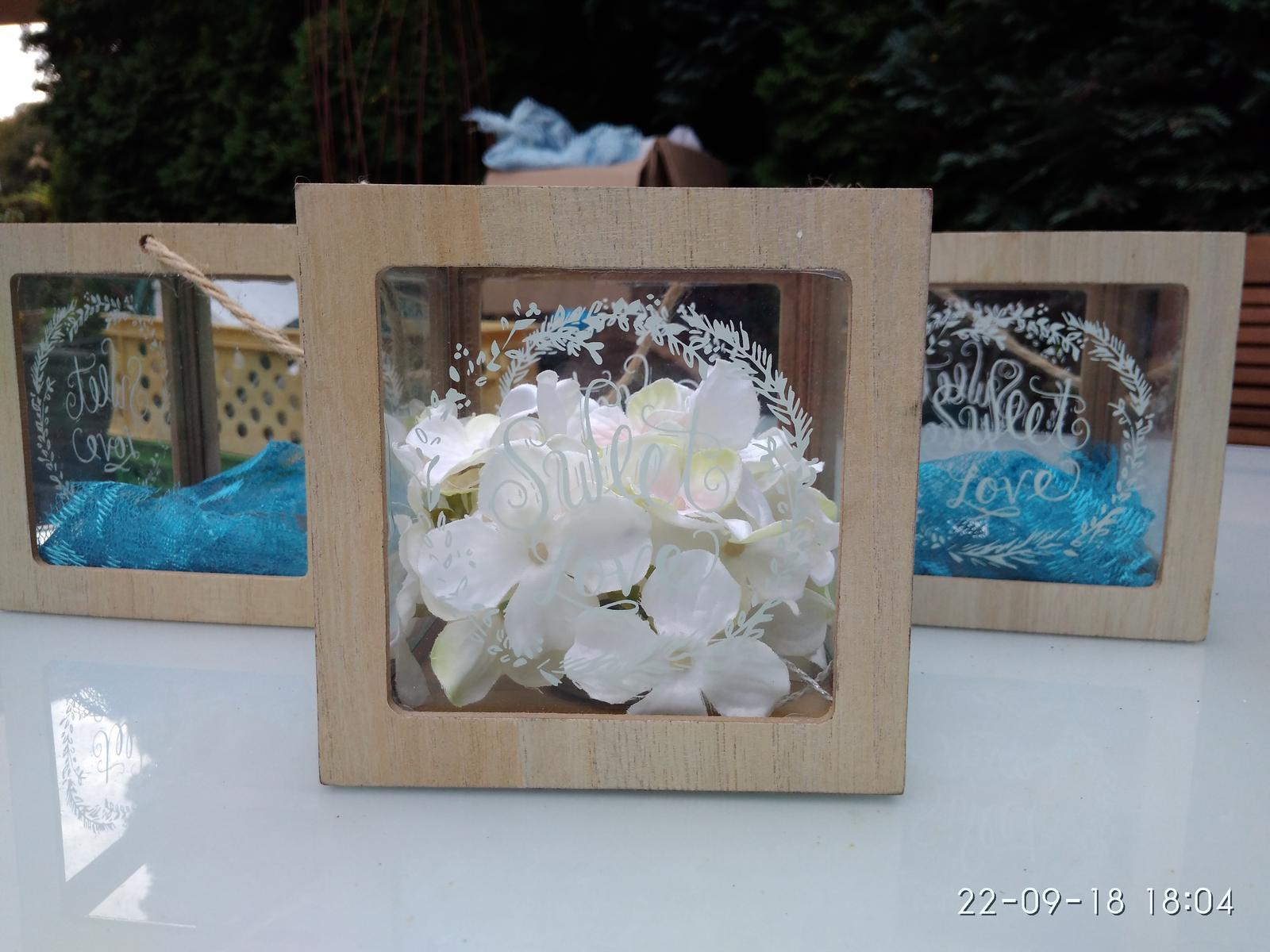 Svícen / lucerna sweet love dřevo a sklo - Obrázek č. 2