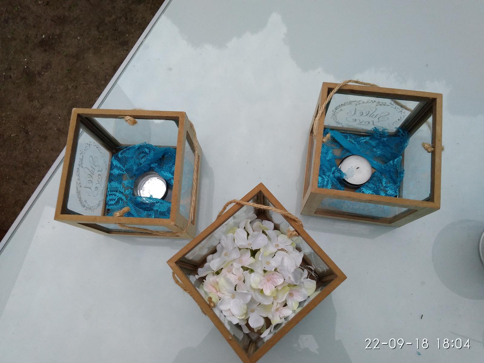 Svícen / lucerna sweet love dřevo a sklo - Obrázek č. 3