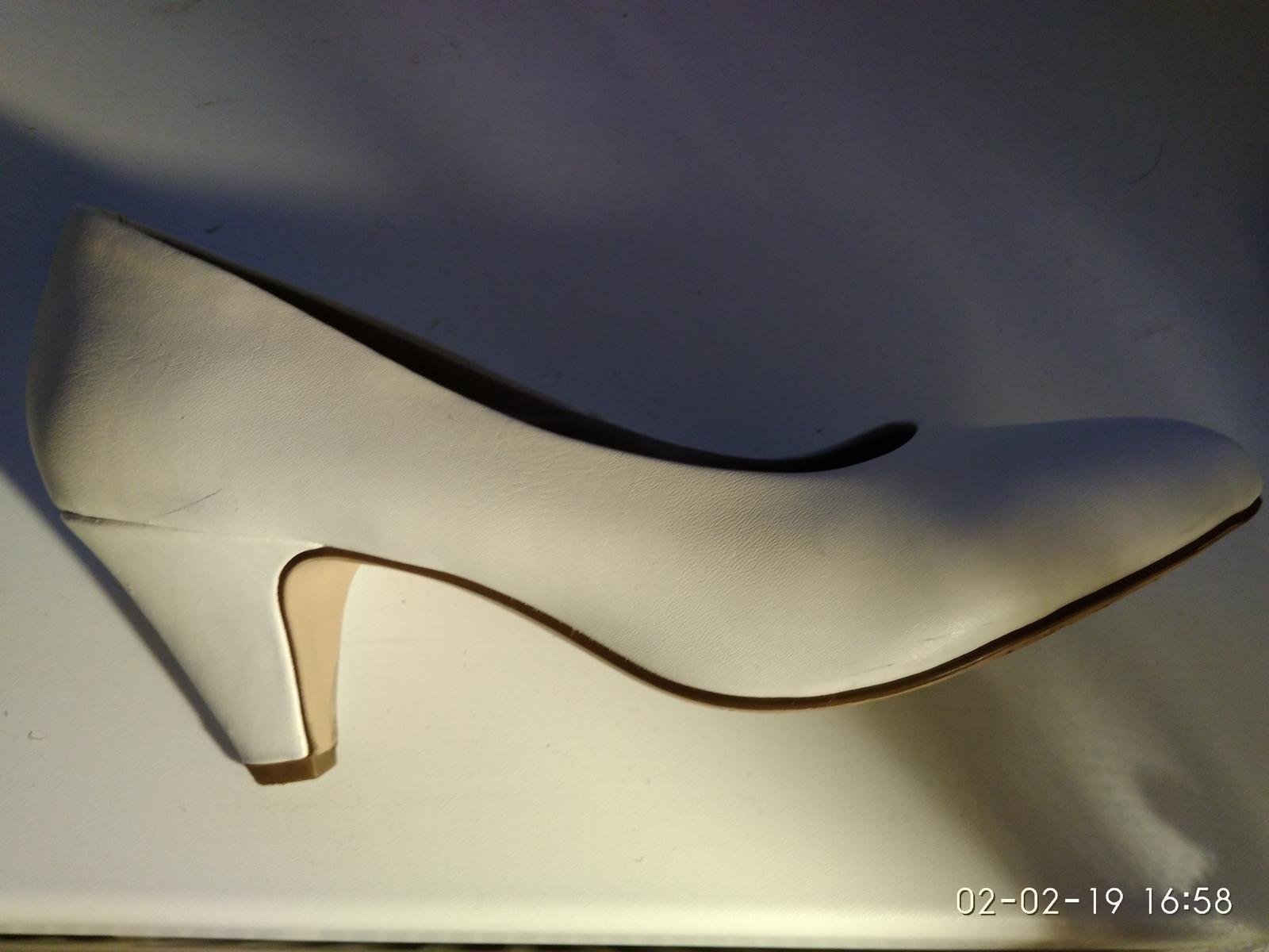 Bílé botky Tamaris - Obrázek č. 4