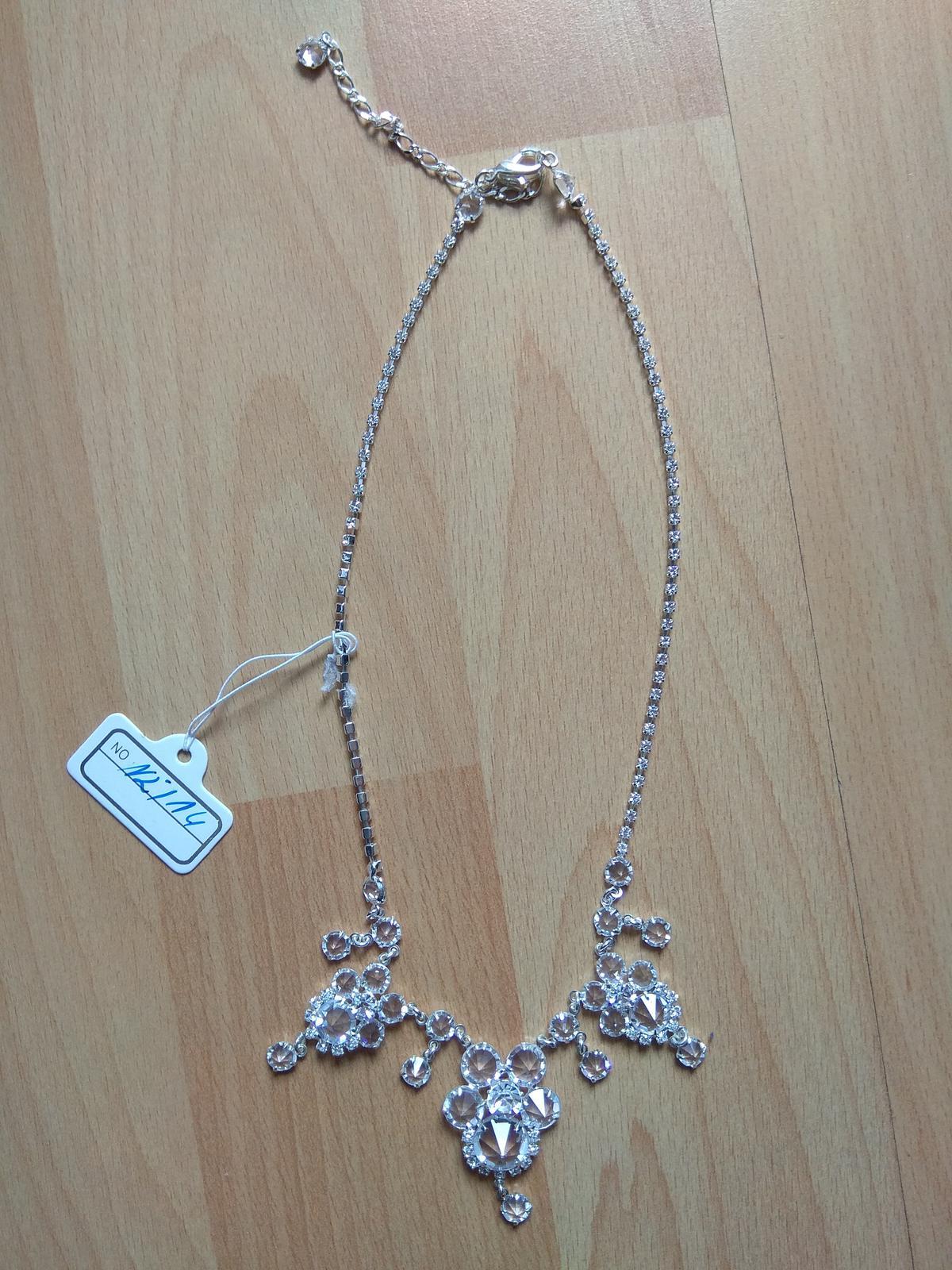 Sada náušnic a náhrdelníku - Obrázek č. 2