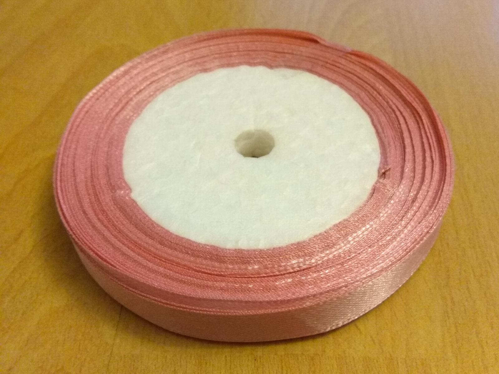Růžová stuha, stužka - Obrázek č. 1
