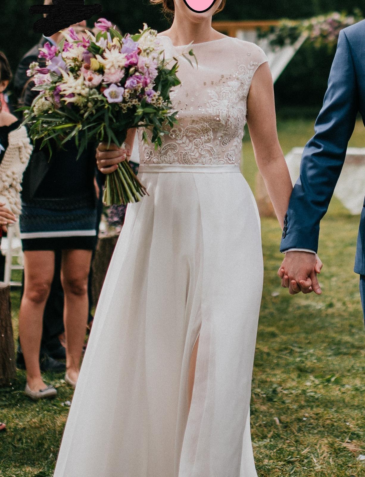 Lehké svatební šaty bez vad - Obrázek č. 1