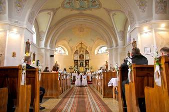 Nas krasny kostolik