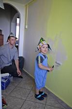 Kluci v akci .. malování kuchyně