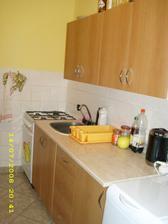 O něco málo zkulturněna kuchyn před novou kuchyní :-)