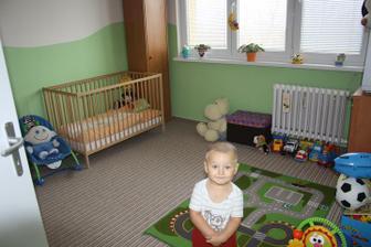 tak tatka udělal Kubíkovi pokoj než jsme dorazli z Oravy :-) Jen maminka musí udělat pár úprav :-) Skřín u postýlky půjde bud jinam a nebo uplně pryč