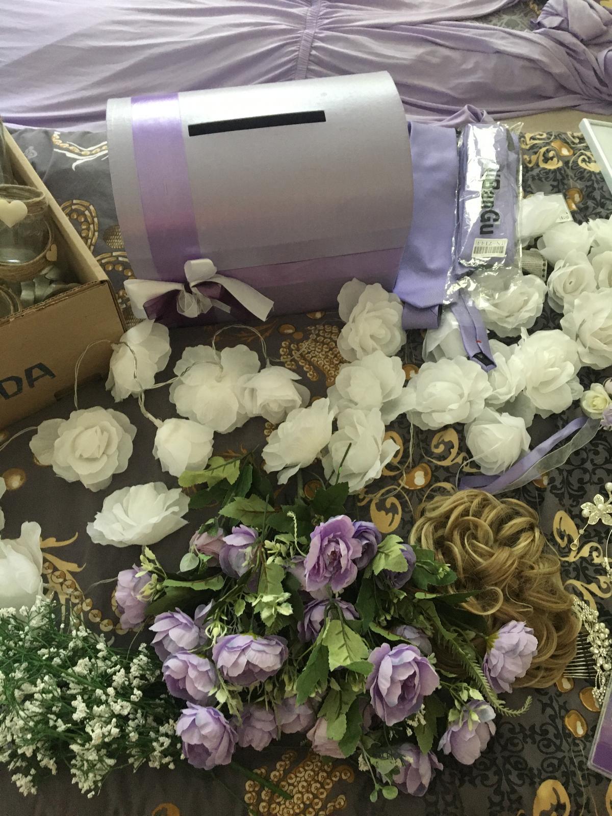 Věci z lila svatby - Obrázek č. 1