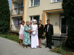 s mamkou, taťkou, babičkou, dědečkem a tetičkou