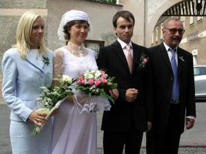 s manželem a se svědky