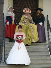 na nevěstu se chystá překvapení...