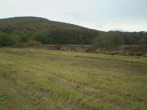Táááákyto veľký máme pozemok po ulhopriečke :-)))