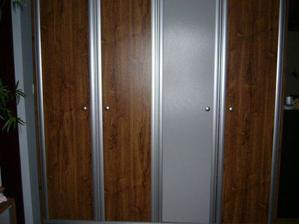 Skříň v ložnici