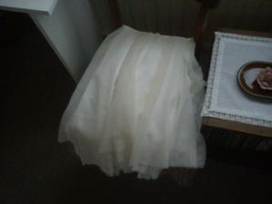 Historicky první fotka mých (rozešitých) šatů. Jsem tak napnutááá!