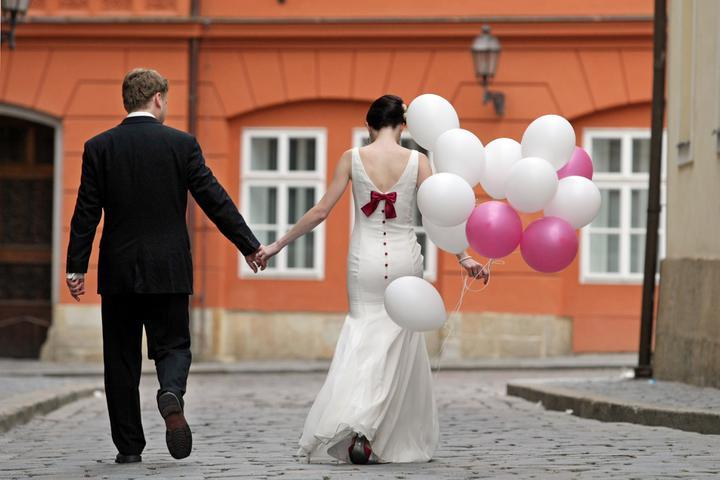 Hedvika {{_AND_}}Roman - Naše barevná svatba