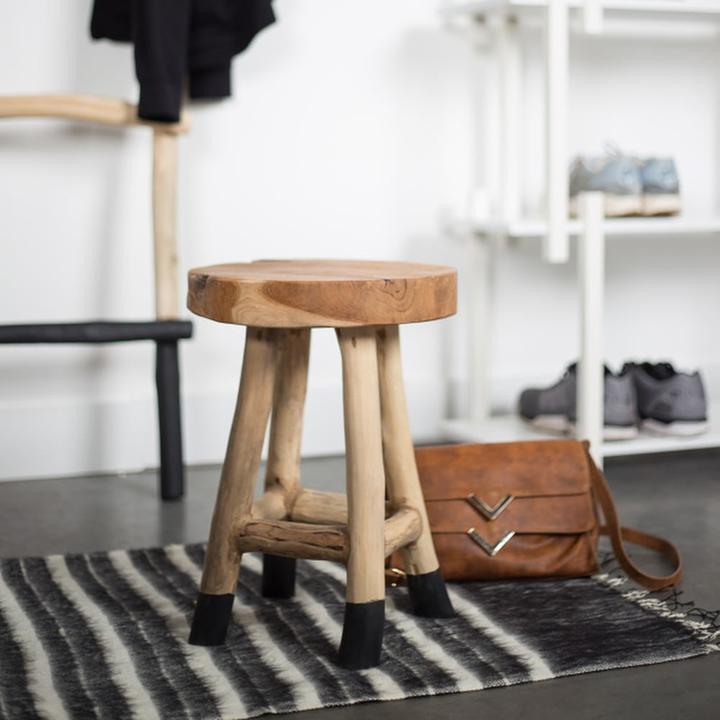 Můžu se zeptat, kdo máte tuto stoličku z Bonami, je normální, že je tak popraskaná nebo je to důvod k reklamaci? Děkuji. - Obrázek č. 3