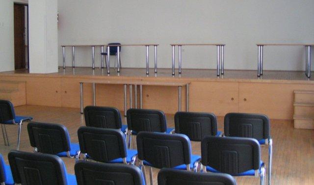 Žabkovo zelená...29.09.2007 - pódium pre hudbu