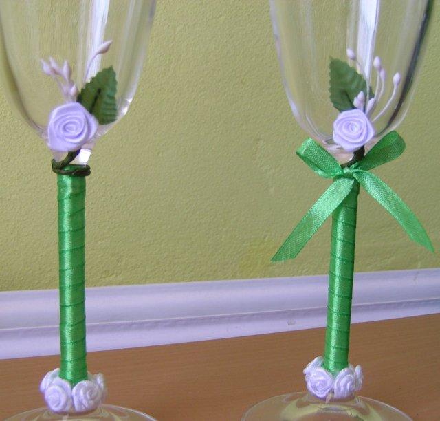 Žabkovo zelená...29.09.2007 - len neviem- s mašličkou, alebo bez? poraďte..